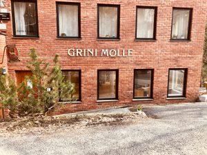 Kunstutstilling: Munn- og Fotmalende @ Grini Mølle