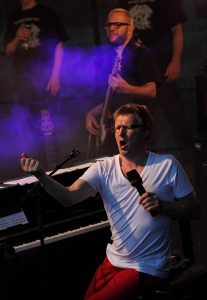 Queen Sing-along med Øystein Fevang @ Bærum Kulturhus