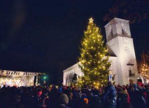 Fakkeltog og Julegrantenning @ Sandvika
